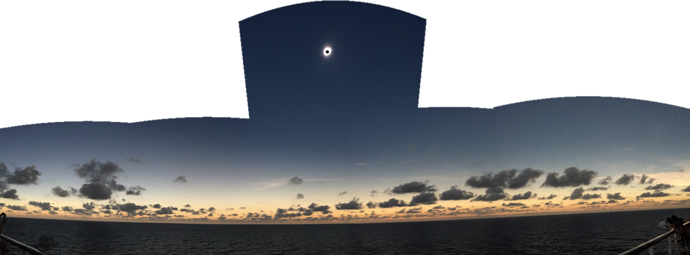 Eclipse Totale Soleil 2016 Holland America Line MS Volendam Panorama Totalité