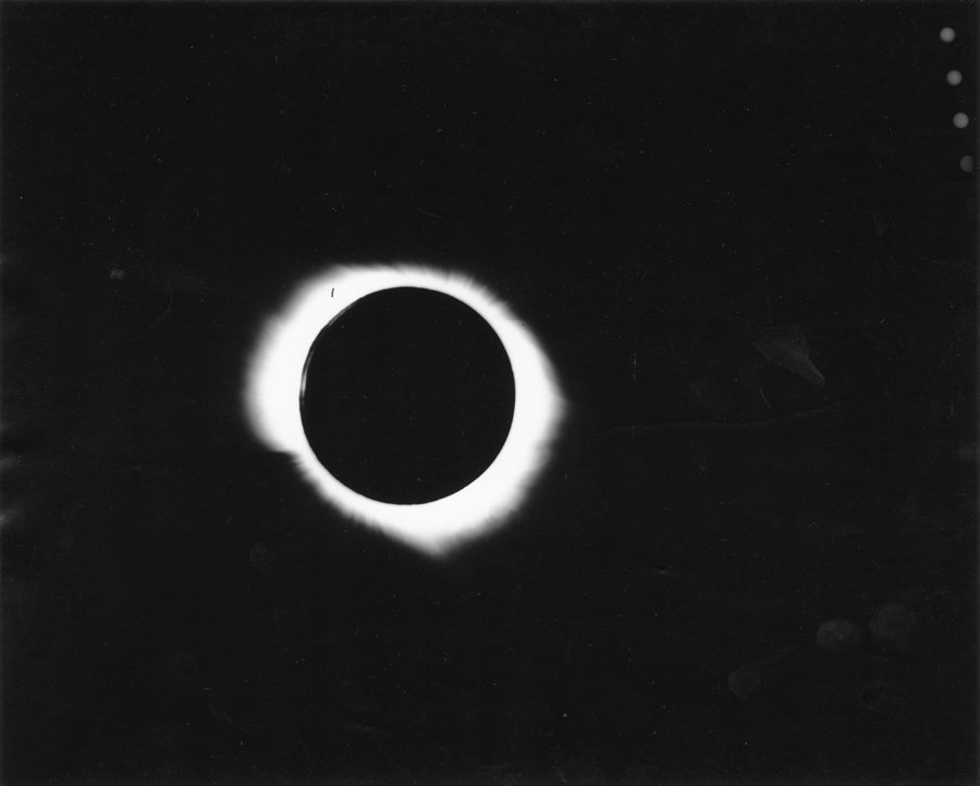 Eclipse Totale Soleil 1945 Pine River Manitoba Canada Couronne Solaire Interne